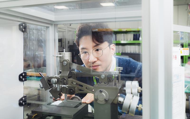 [직무탐험] 예리하게, 소신 있게 '완벽'을 추구하는 삼성디스플레이 '품질팀'