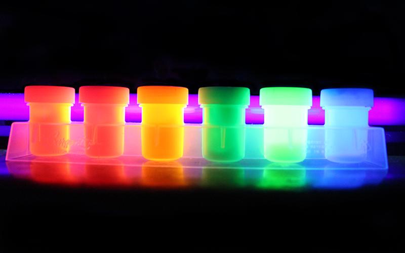 [디스플레이 심층 탐구] OLED 유기 재료의 특성과 발광 원리- 1편